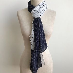 🆕 Chicos Navy Mixed Dot Scarf
